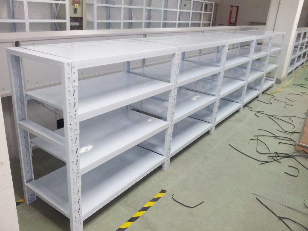 如何更大程度的用层板货架提高仓库管理效率呢?
